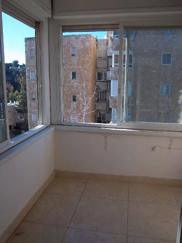 מגה וברק דירה 5 חדרים ביהודה בורלא, ניות, ירושלים | לוח דירות להשכרה PN-17