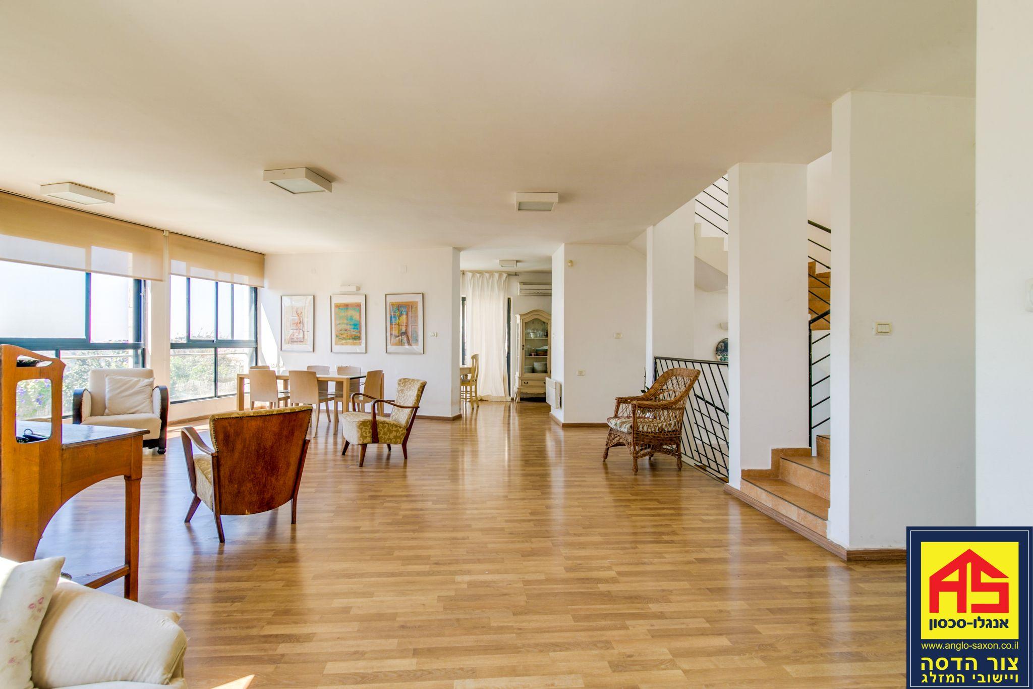 מקורי וילה 6 חדרים בשיטה, המאה, צור הדסה | לוח דירות למכירה - אנגלו סכסון ON-45