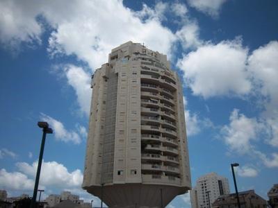מרענן דירה 4.5 חדרים בצמרות, צמרות, הרצליה | לוח דירות למכירה - אנגלו סכסון DA-72