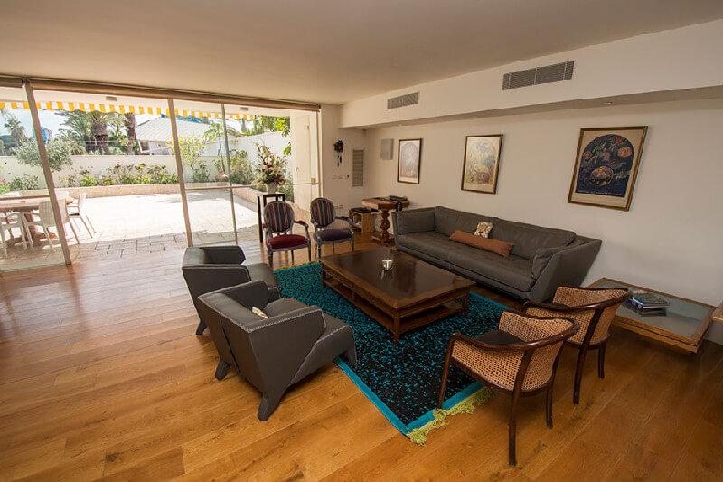 טוב מאוד דירה 4 חדרים בהרצליה פיתוח | לוח דירות להשכרה - אנגלו סכסון TJ-74