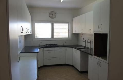 מדהים דירה 4 חדרים בבזל, שכונה א', באר שבע   לוח דירות להשכרה - אנגלו סכסון BO-92